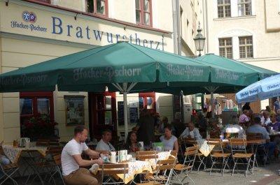 Bratwurstherzl