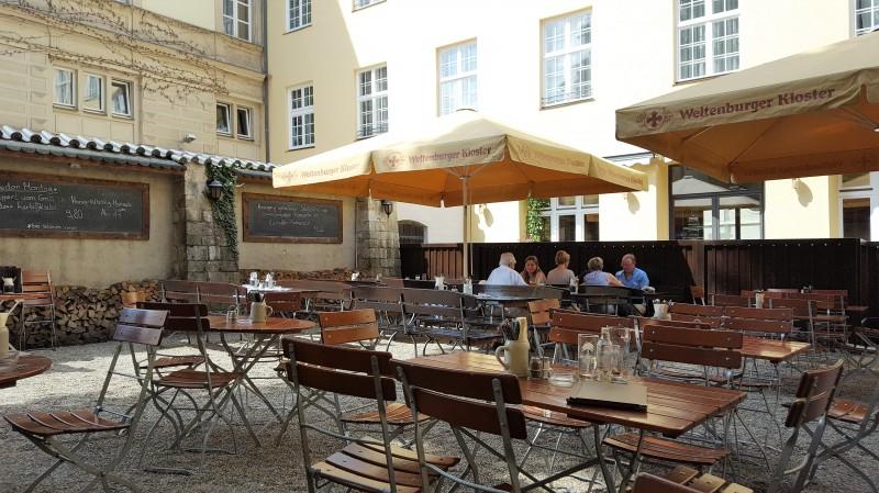weltenburger am dom in 93047 regensburg biergarten eventgastronomie restaurant regionale. Black Bedroom Furniture Sets. Home Design Ideas