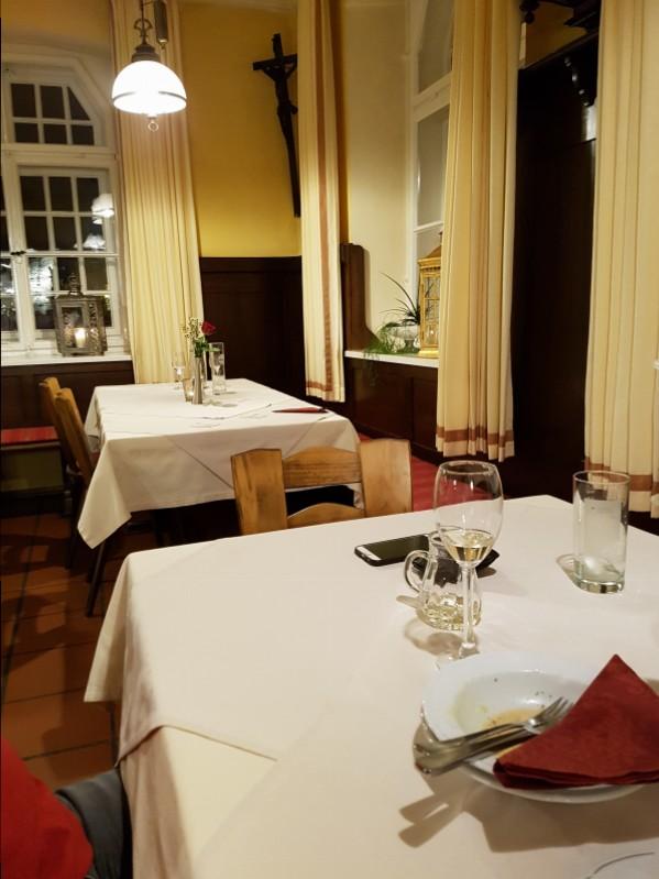 gasthof russenbr u in 93464 tiefenbach biergarten restaurant internationale k che restaurant. Black Bedroom Furniture Sets. Home Design Ideas