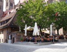 Bratwursthäusle bei St. Sebald